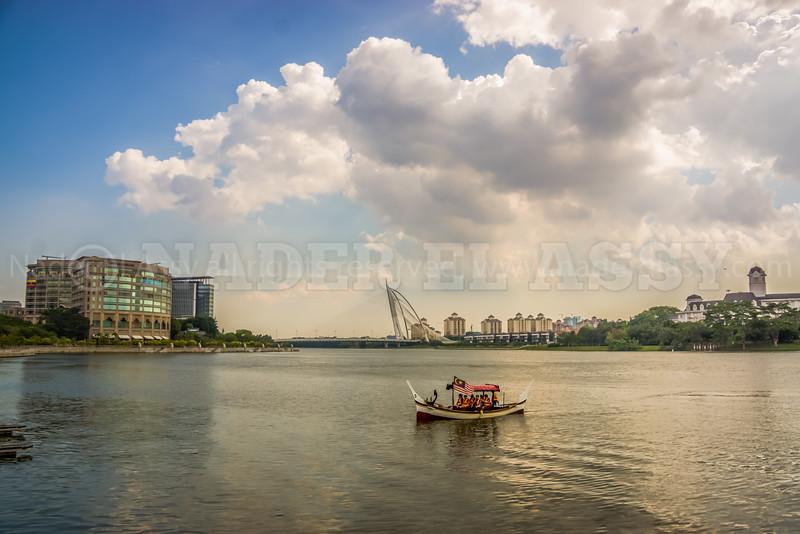 Sailing in Putra