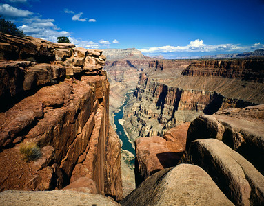 Nobody, North America, USA, Arizona, Grand Canyon National Park, Toroweap Overlook a vertical  panorama of the Canyon from Rim to River