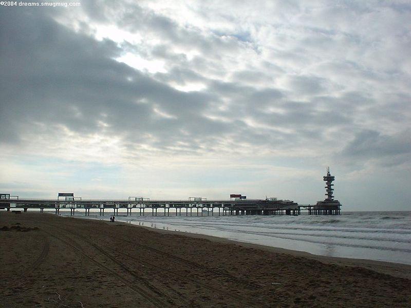 The Scheveningen pier at dusk