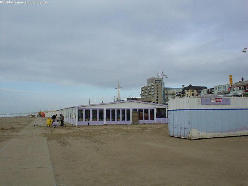 Friesche vlag beach club, before it's ready