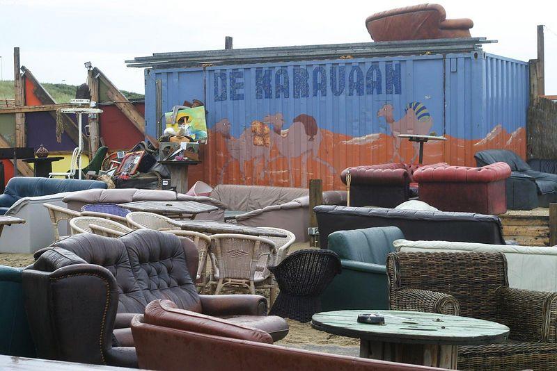 """<a href=""""http://www.clubkaravaan.nl/"""">De Karavaan</a>"""