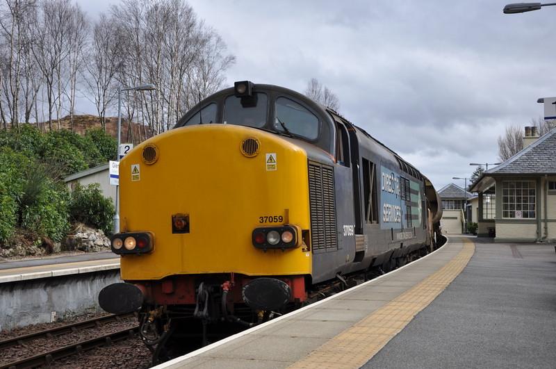37059, Glenfinnan. 21/03/12.