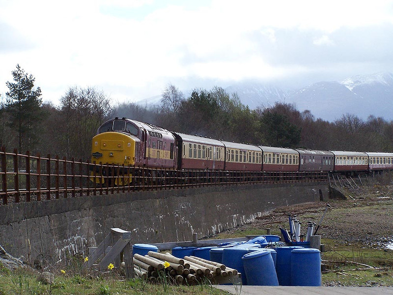 37670, Loch Eil Outward Bound. April 2009.