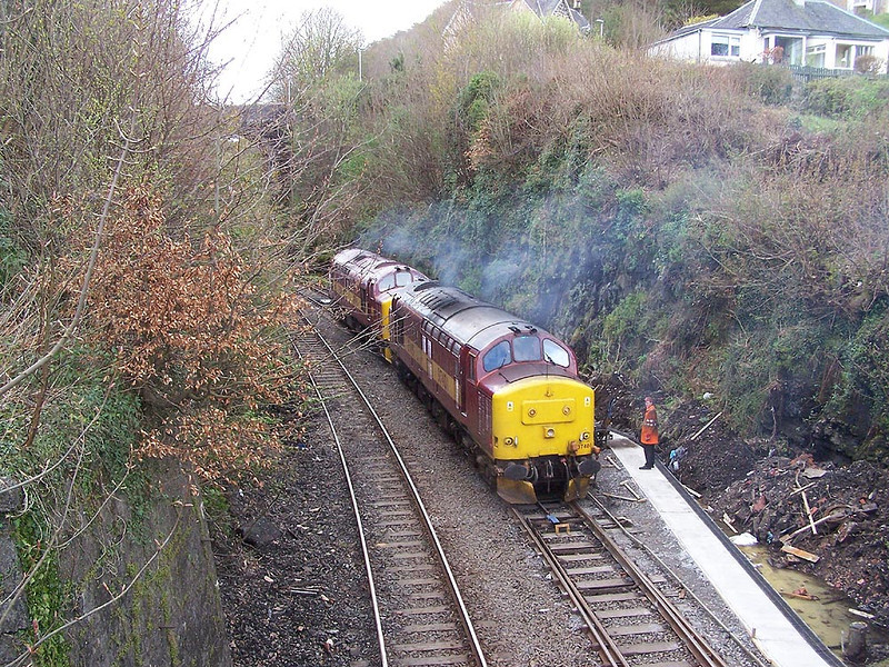 37401 and 37670, Oban. April 2009.