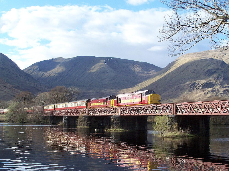 37670 and 37401, Loch Awe. April 2009.