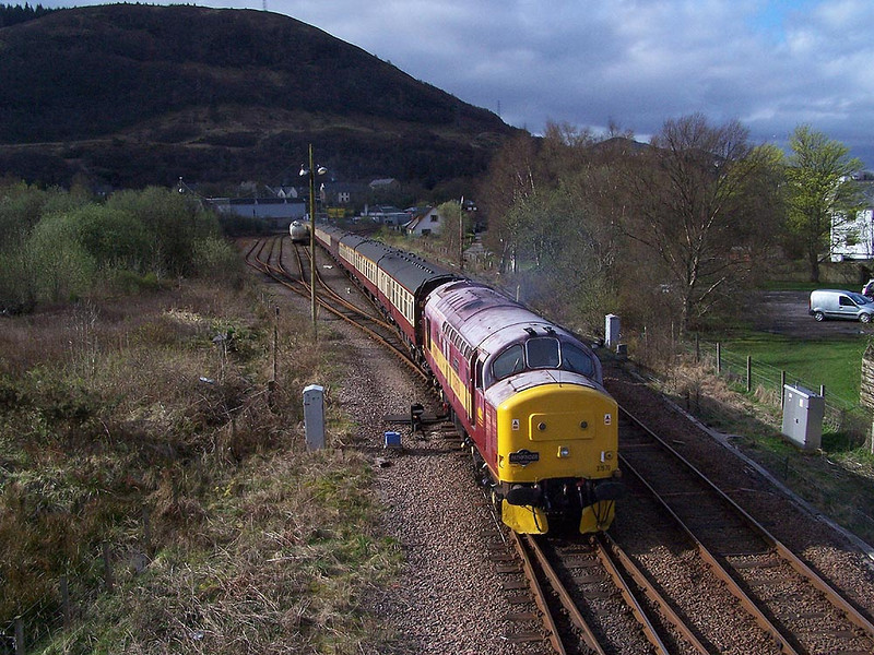 37670, Fort William. April 2009.
