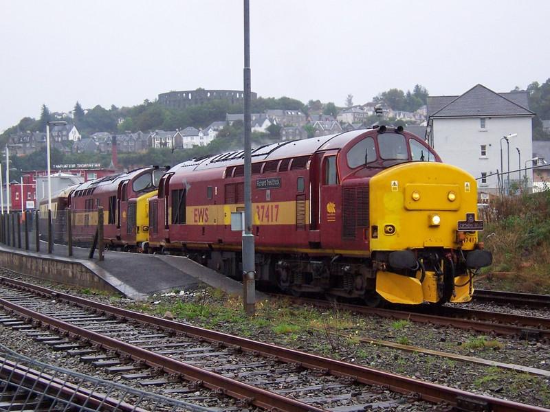 37417 and 37405, Oban. September 2006.