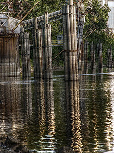 t-HDR-FINISHED-RiverPilings_1