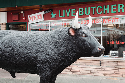 Meat the Live Butcher ™