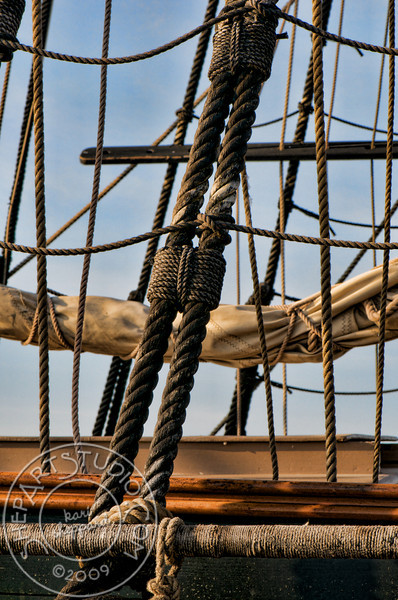 HMS Bounty, Rigging