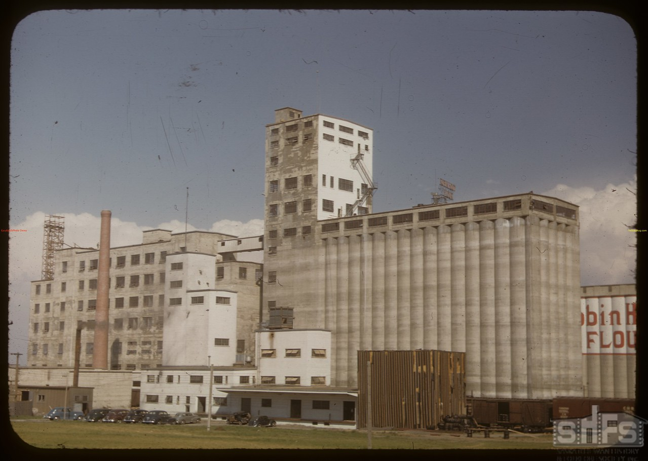 Sask. Co-op Producer's industrial projects. Saskatoon 06/02/1948