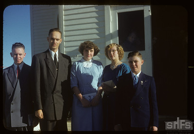 Confirmation class and Mr Salte - minister. Admiral. 12/05/1954