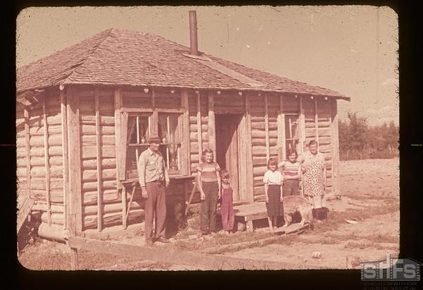 J. W. Unreau and family. Lake 4 P.O.  08/15/1953