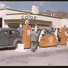 Sherwood Co-op service station. Regina<br /> 08/10/1946