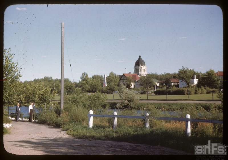 Legislative building - Rotary Park - Wascana Creek from Angus Blvd. Regina. 08/04/1946.