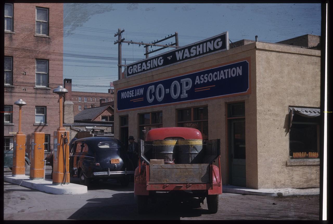 Co-op garage.Moose Jaw. 04/28/1947