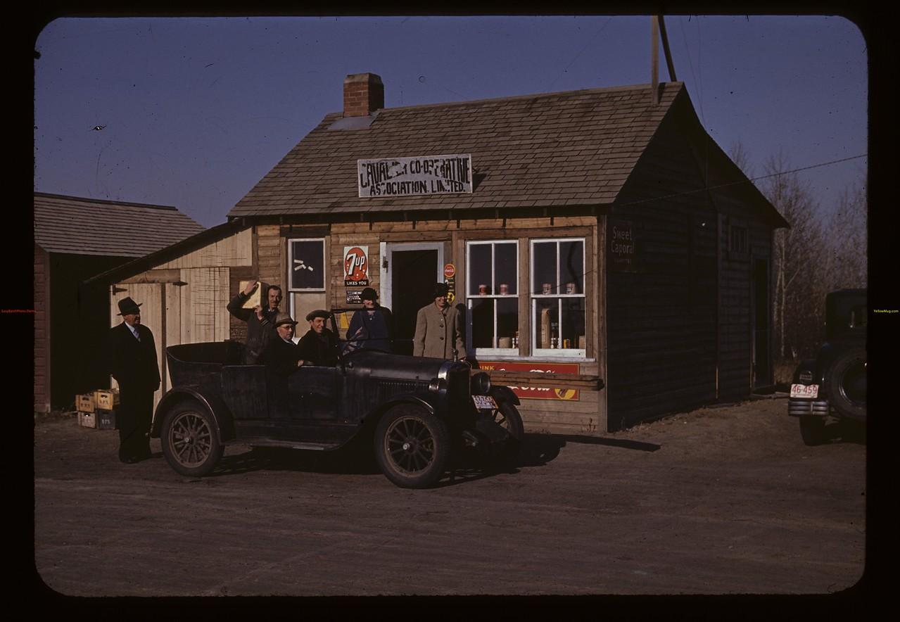 Co-op store. Cavalier. 10/18/1941