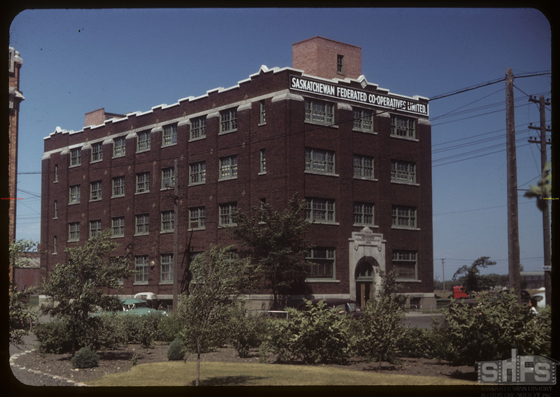 Sask. Federated Co-op building - groceries - printing and cafeteria - 1150 Rose Street Regina 07/15/1949