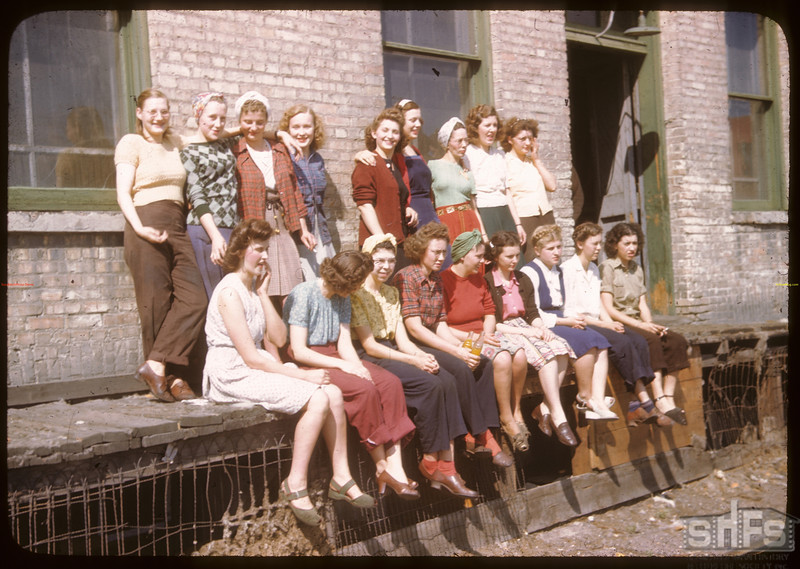 Girls working in Sask. Wool Products - U. S. Co-op tour.Moose Jaw. 08/09/1946