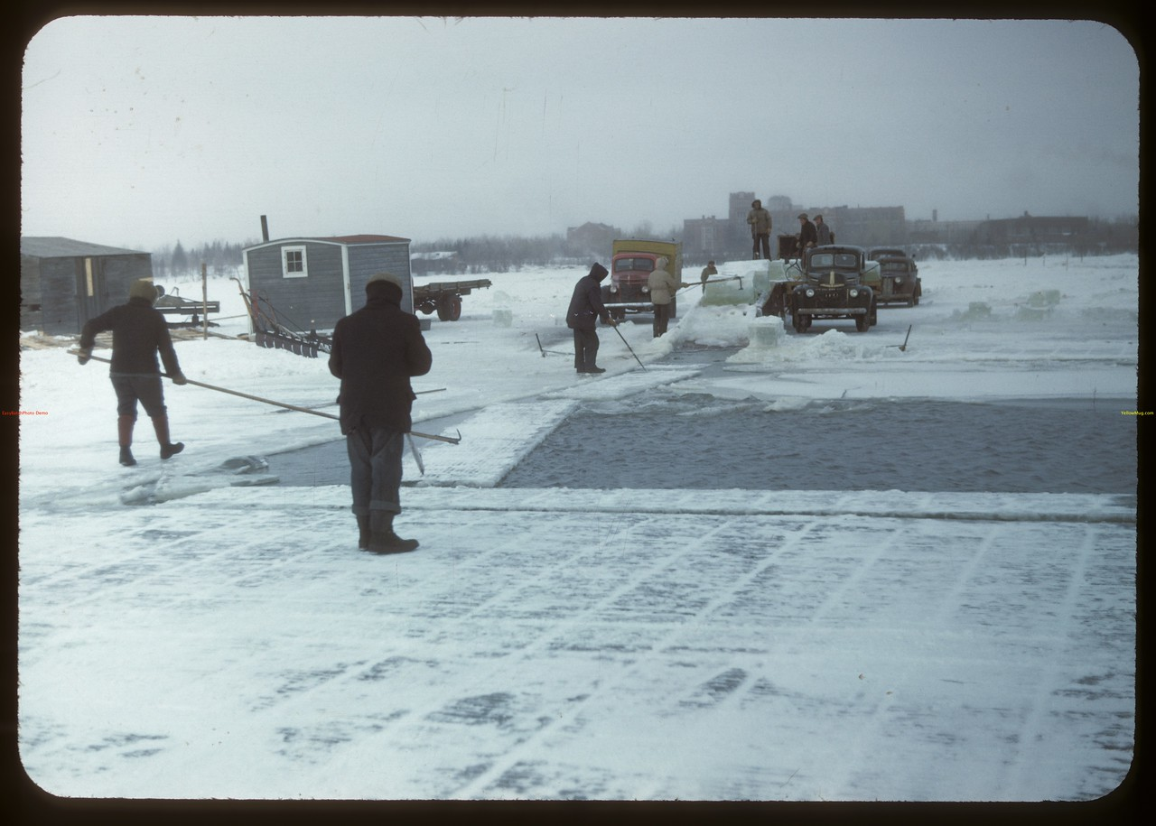 Harvesting ice from Wascana Lake. Regina 02/21/1948