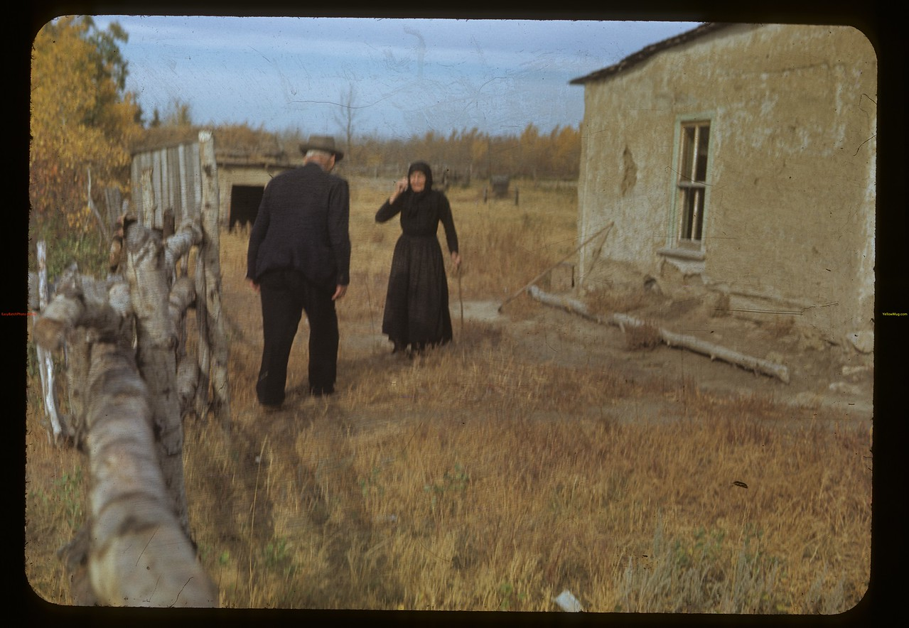 Old timers meet Charlie Trottier. Batoche. 10/04/1948