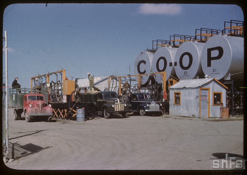 Federated co-op refinery - delivery tanks. Regina 08/10/1946