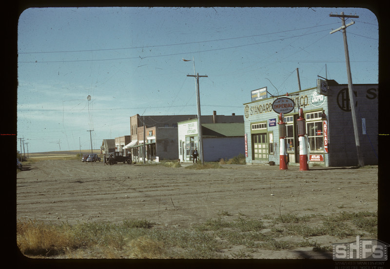 Main street Bracken. Bracken. 08/28/1942