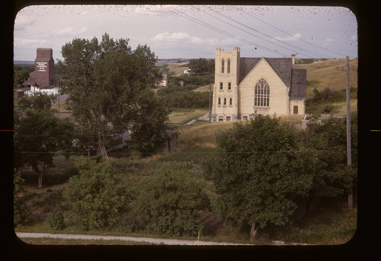 Lumsden United Church and Pool elevator. Lumsden.  08/10/1947