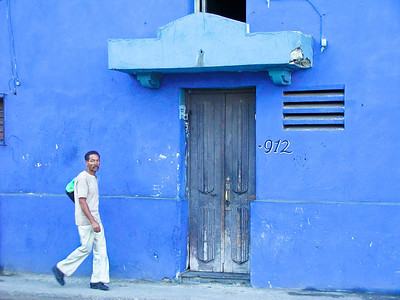 Blue Wall 	7:12 AM | March |Havana	Street shade
