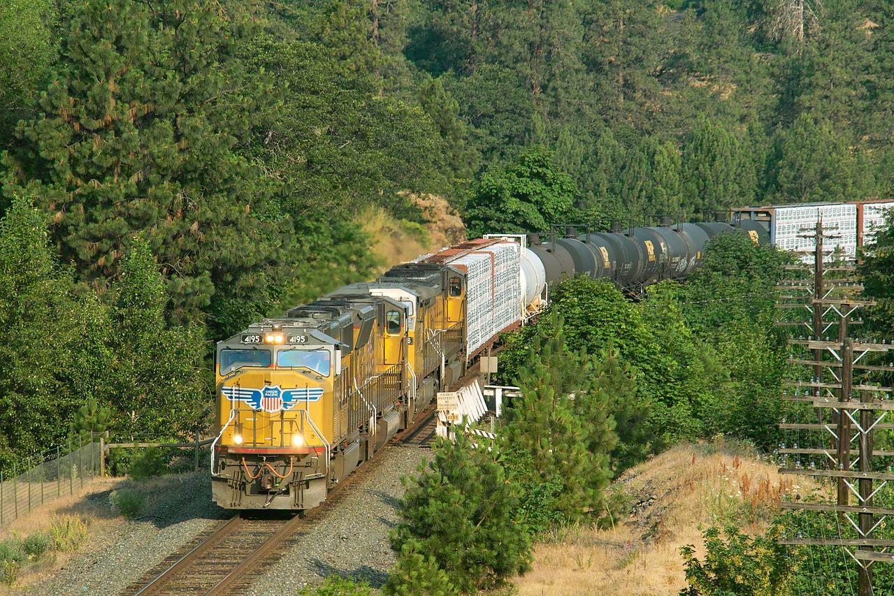 Columbia River Gorge, Union Pacific Railroad at Mosier, Oregon