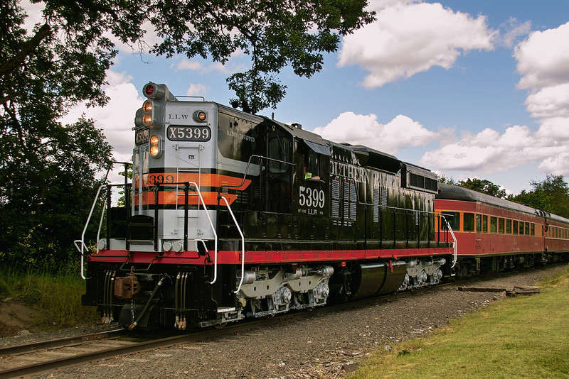 "Cadillac of the Rails. EMD SD9 restored into Southern Pacific ""Black Widow"" paint scheme."
