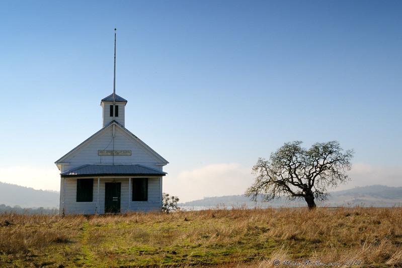 Salt Spring Valley School, CA