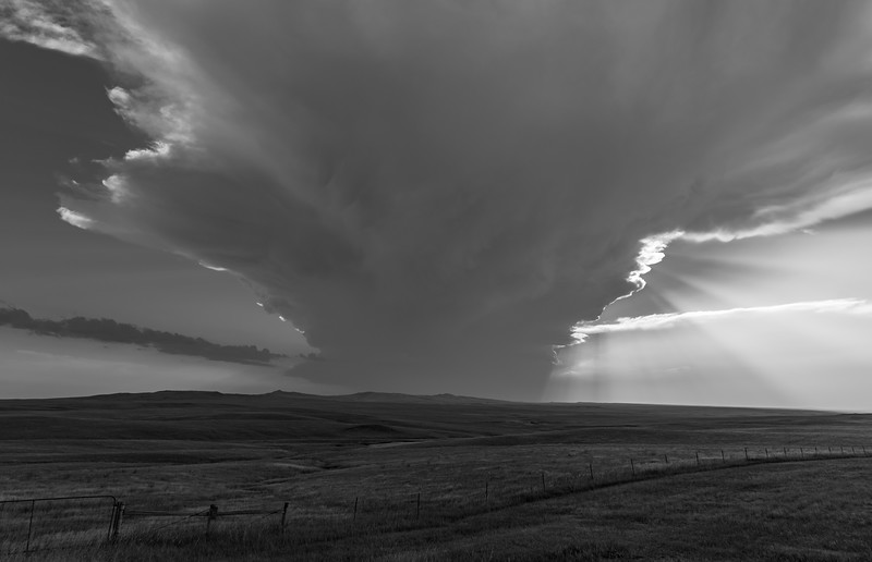 Thunderstorm southwest of Castle Rock, South Dakota