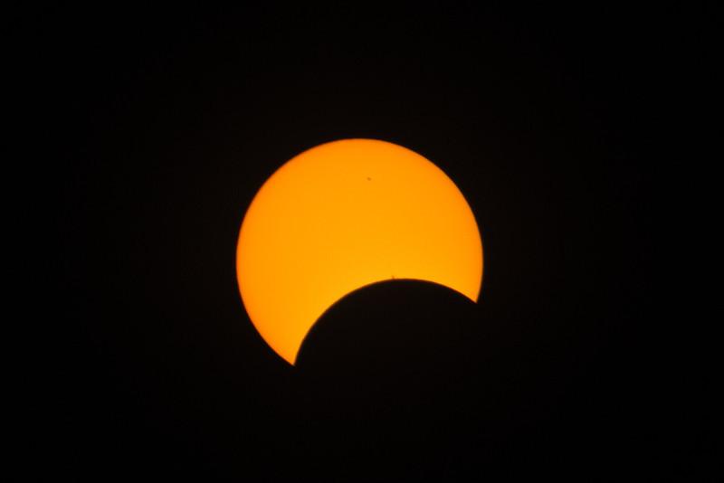 Sunspot occlusion