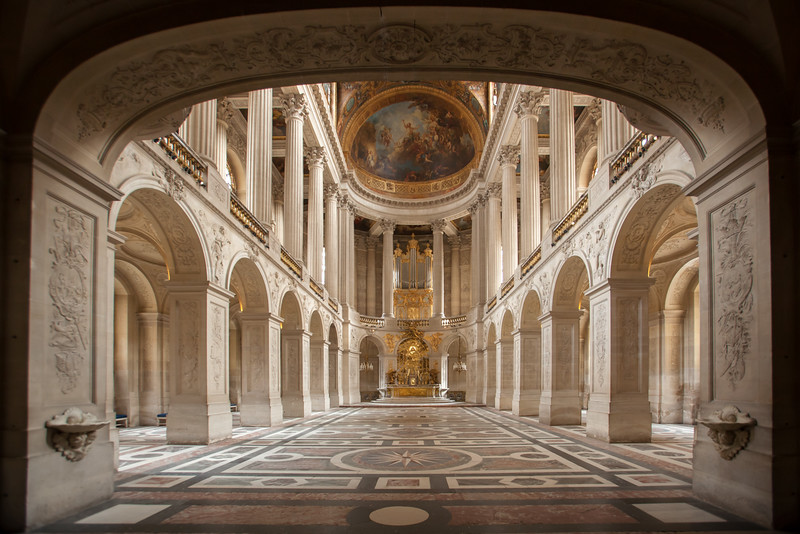 We peek into the Royal Chapel from the first floor
