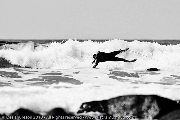 "Burleigh Heads - Surfing - Lens Test, ""The Spit"" & Burleigh, Gold Coast , Queensland, Australia, Friday 24 September 2010. Alternate Processing - LR Preset: ""Stark Raging Black Curve""."