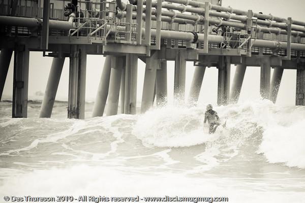 "Southport: ""The Spit"" - Surfing - Lens Test, ""The Spit"" & Burleigh, Gold Coast , Queensland, Australia, Friday 24 September 2010.  Alternate Processing - LR2 Preset: ""PH B&W beach""."