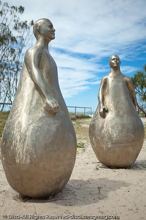 "L'Artiste, by Frederic Berjot - Swell Sculpture Festival, Pacific Parade, Currumbin Beach, Gold Coast, Australia; 15 September 2010. -  <a href=""http://www.swellsculpture.com.au"">http://www.swellsculpture.com.au</a>"