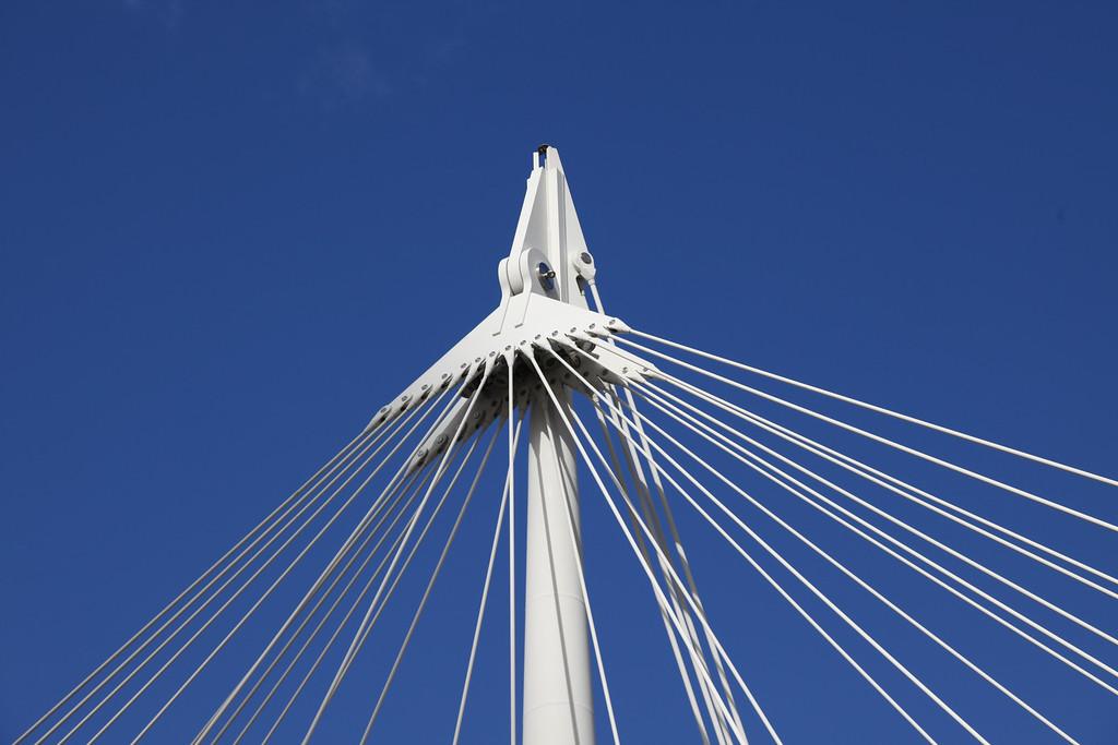 Bridge suspension
