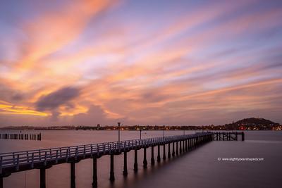 Okahu Pier