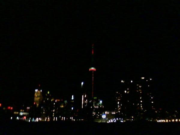 Toronto skyline at night.