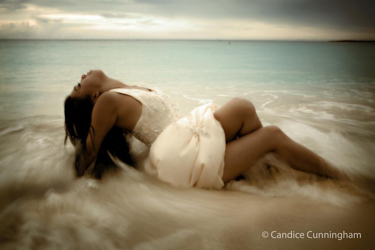 "<h2 class=""notopmargin"">Photo by <span class=""green"">Candice Cunningham</span>. See her <a href=""http://candicecunningham.smugmug.com/"">photos</a>"