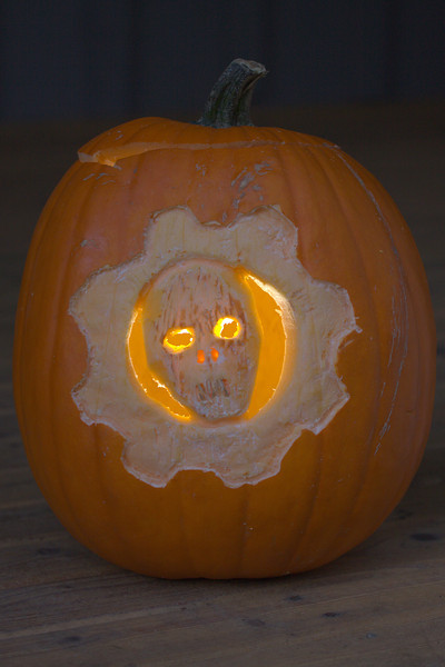 Gears of War pumpkin head