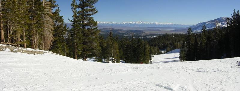 """""""Downhill"""" Panorama (photomerge)"""
