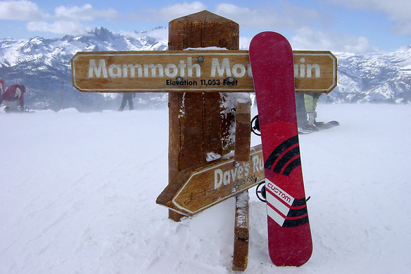 ...quickly making my way to the top.  Notice that my 162cm snowboard is now as tall as the Mammoth sign