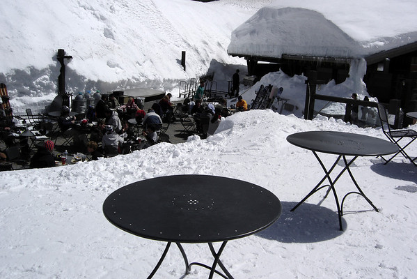 The snowpack makes Mill's patio look like a pit