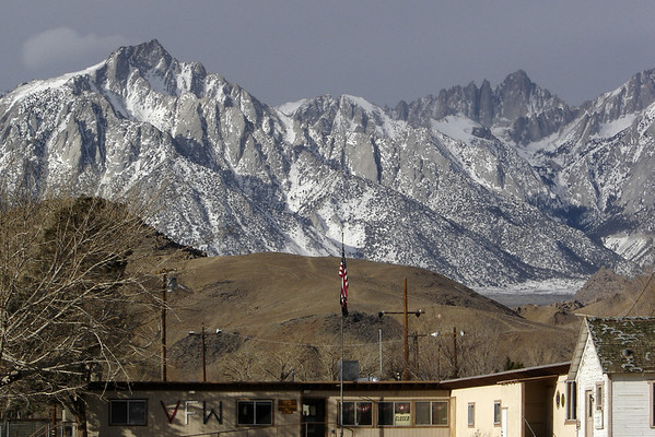 With Saturdays typically crowded and with snow in today's forecast, we spend an hour in Lone Pine...