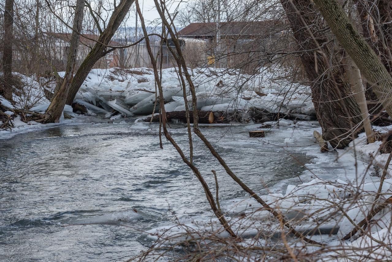 The start of the ice dam.