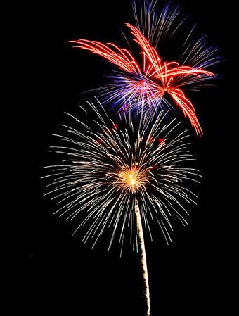 Fireworks at the Edmond, Oklhahoma Libertyfest 2008