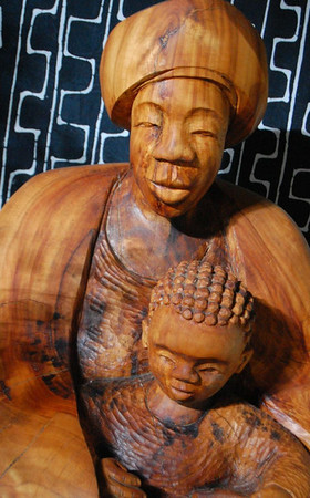 Mariya uMama and child